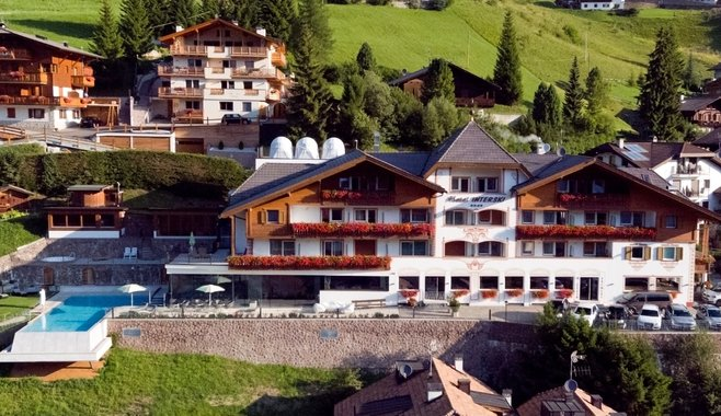 Sporthotel Interski - Hotel Summer