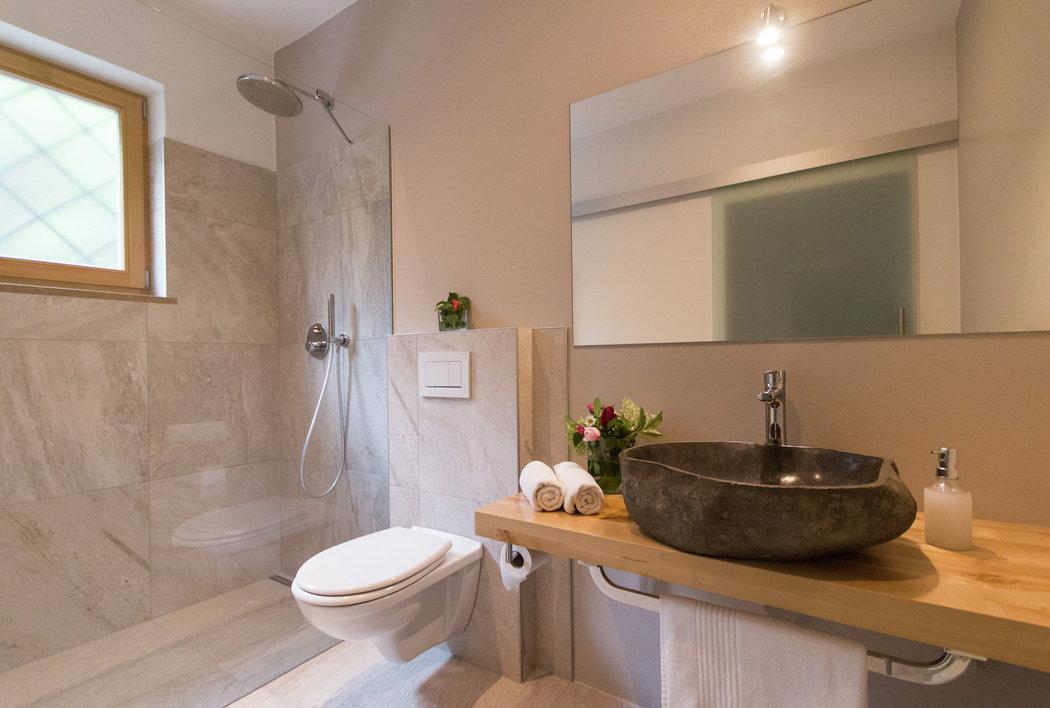 Bathroom in the superior doubleroom with balcony