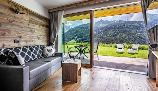Apartments Gutonhof - Bauernhof - Selva Val Gardena ...