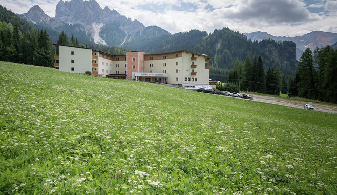 Mountain Refugium & Spa Hotel Asterbel - Hotel Asterbel